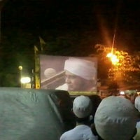 Photo taken at Majelis Rasulullah SAW at Masjid al munawar pancoran by Ki D. on 3/19/2012