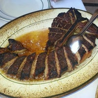 Photo taken at Benjamin Steakhouse by Larry C. on 8/26/2012
