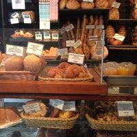 Foto tomada en Amy's Bread por Zach K. el 8/5/2012
