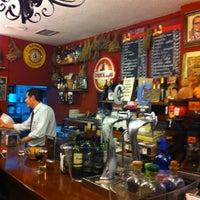 Foto tomada en Restaurante Bar León por Jose J. M. el 3/15/2012