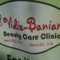 Photo taken at Vidiz Baniar Beauty Clinic by Atute R. on 2/12/2012