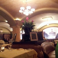 Photo taken at Capitol Grille by Guille I. on 8/5/2012