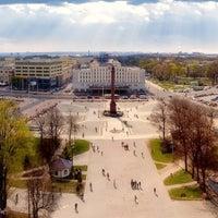 Снимок сделан в Площадь Победы пользователем Дмитрий Б. 8/20/2012
