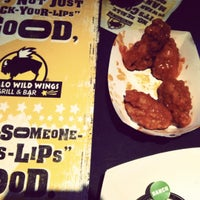 Photo taken at Buffalo Wild Wings by Leslie A. on 7/8/2012
