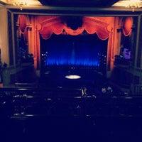3/4/2012 tarihinde Josh D.ziyaretçi tarafından The Lincoln Theatre'de çekilen fotoğraf
