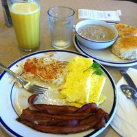 Photo taken at Bob Evans Restaurant by Cherilyn P. on 6/6/2012