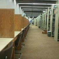 Foto diambil di Milner Library oleh Whitney pada 4/3/2012