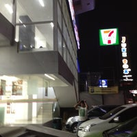 Photo taken at 7-Eleven by Ronny T. on 6/4/2012