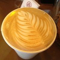 Das Foto wurde bei Caffe Fiore von Victoria J. am 7/21/2012 aufgenommen