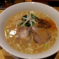 Photo taken at らーめん羽化庵 by Kenji on 6/20/2012