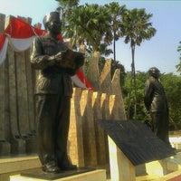 Photo taken at Tugu Proklamasi (Proclamation Monument) by Didik B. on 8/17/2012