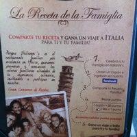 Foto tomada en Italianni's Pasta por Alejandro A. el 4/14/2012