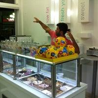Photo taken at YOGU Premium Frozen Yogurt by Angeliki T. on 8/6/2012