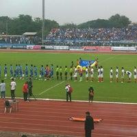 Photo taken at สนามกีฬาจังหวัดพระนครศรีอยุธยา by ttop t. on 8/29/2012