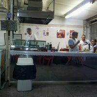 Foto tirada no(a) Oishi Pastel por Antonio M. M. em 4/28/2012