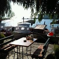 8/27/2012 tarihinde Ekin B.ziyaretçi tarafından Problem'in Yeri'de çekilen fotoğraf