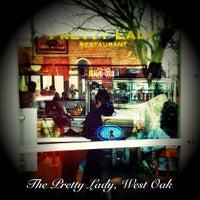 Foto tirada no(a) Pretty Lady por Oscar V. em 3/17/2012