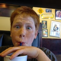 Photo taken at Zaxby's Chicken Fingers & Buffalo Wings by Atticus K. on 4/7/2012