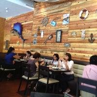 Foto tomada en El Costeñito por Yuye M. el 4/27/2012