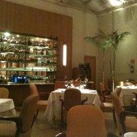 Foto scattata a Cantaloup Restaurante da Moises C. il 7/21/2011