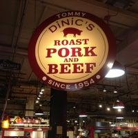 Das Foto wurde bei Tommy DiNic's von Dave K. am 10/27/2011 aufgenommen