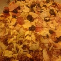 Foto tirada no(a) Mister Pizza por Marília G. em 7/11/2012