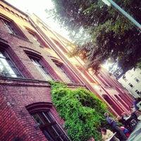 Das Foto wurde bei Simonz von Julius B. am 9/2/2012 aufgenommen
