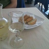Photo taken at Aurora Ristorante, Pizzeria by Kis H. on 8/13/2011