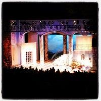Снимок сделан в Beverly S. Sheffield Zilker Hillside Theater пользователем Tucker B. 7/15/2012