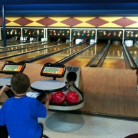 Photo taken at Palace Bowling & Entertainment Center by David H. on 5/14/2011