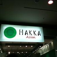 Foto tirada no(a) Hakka Sushi por Raissa M. em 8/7/2011