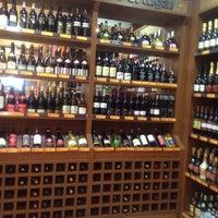 Foto tirada no(a) Supermercado Favorito por Antonia C. em 5/26/2012
