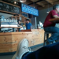 Photo prise au Water Avenue Coffee Company par Geoff S. le6/24/2012