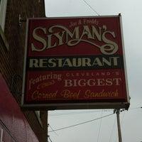 Photo taken at Slyman's Restaurant by Bob C. on 11/14/2011