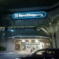 Foto tirada no(a) BarraShopping por Rodrigo F. em 7/27/2012