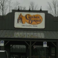 Photo taken at Cracker Barrel Old Country Store by Jeanetta on 1/26/2012