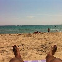 Das Foto wurde bei Ocean Point Beach Resort von Jared G. am 4/4/2012 aufgenommen