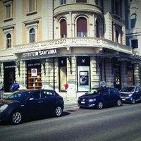 รูปภาพถ่ายที่ Louis Vuitton โดย Manal A. เมื่อ 3/15/2012