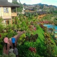 Photo taken at Jambuluwuk Batu Resort by sang k. on 5/5/2012
