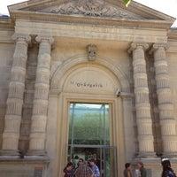 Photo taken at Musée de l'Orangerie by Megumi T. on 7/18/2012