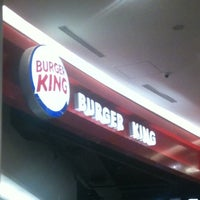 Photo taken at Burger King by Robson L. on 5/27/2012