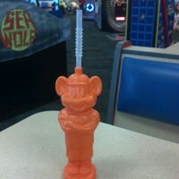 Photo taken at Chuck E. Cheese's by Rebeca V. on 4/19/2012