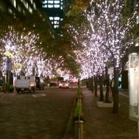 Photo taken at 丸の内仲通り by suchan 0. on 11/14/2011