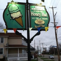 Photo taken at Honey Hut Ice Cream Shoppe by Mike F. on 4/8/2011