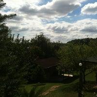 Снимок сделан в Yeji Dohoda Restaurant пользователем Canan 9/1/2012