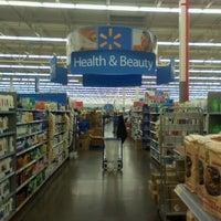 Photo taken at Walmart Supercenter by 🔊Eddie Getdown O. on 9/24/2011