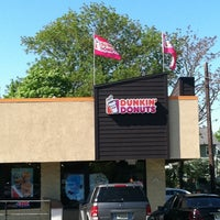 Photo taken at Dunkin' Donuts by Jonathan R. on 5/8/2011