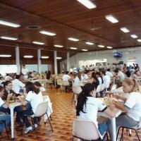 Photo taken at Restaurante Universitário - UNESP Jaboticabal by Juliana on 3/1/2011