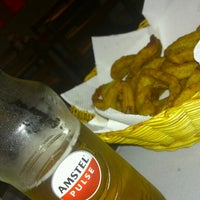 Photo taken at Rockville Traditional Burger by Renata T. on 7/27/2012