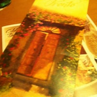 Photo taken at Olive Garden by 💖 Carie 💖 W. on 12/21/2011
